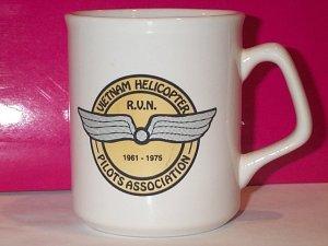 VIETNAM HELICOPTER PILOTS ASSOCIATION mug R.V.N. coffee tea USA military 1961-1975