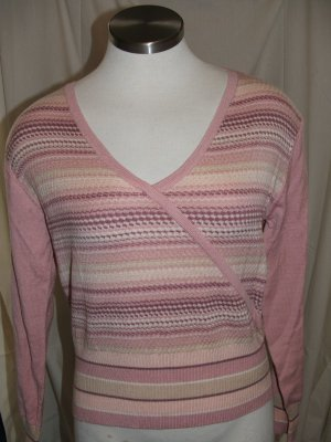 Lot of 4 Sweaters Size Large