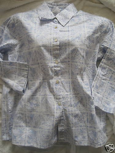 NEW COLDWATER CREEK BLUE WHITE FLORAL PANE SHIRT LARGE