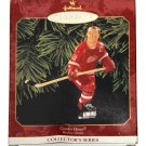 Gordie Howe NHL Hockey Hallmark Keepsake Christmas Ornament 1999 New in Box