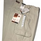 Haggar Q Cargo Pants Khaki Relaxed Flat Front Expandable Waist Men's Size 34 X 29