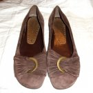 BCBG Girls CHOCOLATE BROWN SUEDE LEATHER BALLERINA SHOES Sz 9.5 B