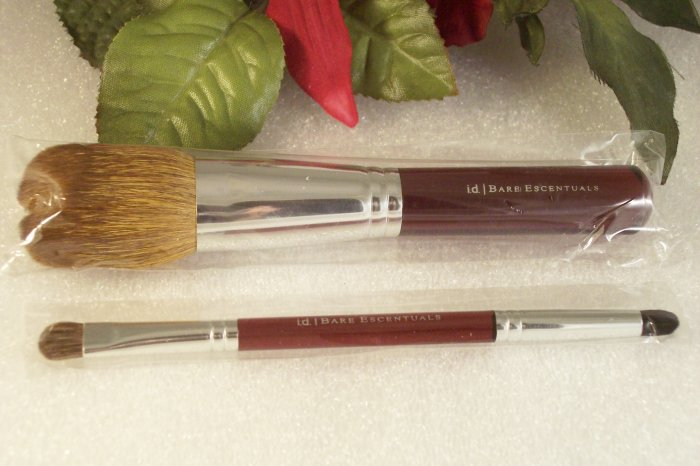 Bare Minerals Glamorista Flawless Face Foundation & Double Smudge Brush Set