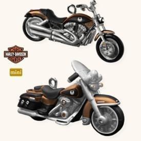 Hallmark Harley Davidson 2008 VRSCAW V-Rod & 2008 FLHRC Road King Classic Mini 2 Ornaments