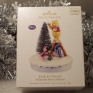 2010 Hallmark Deck the Woods! Disney Winnie the Pooh Tigger Magic Light Sound Ornament