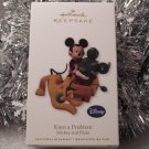 2010 Hallmark Knot a Problem Mickey Mouse & Pluto Disney Ornament New