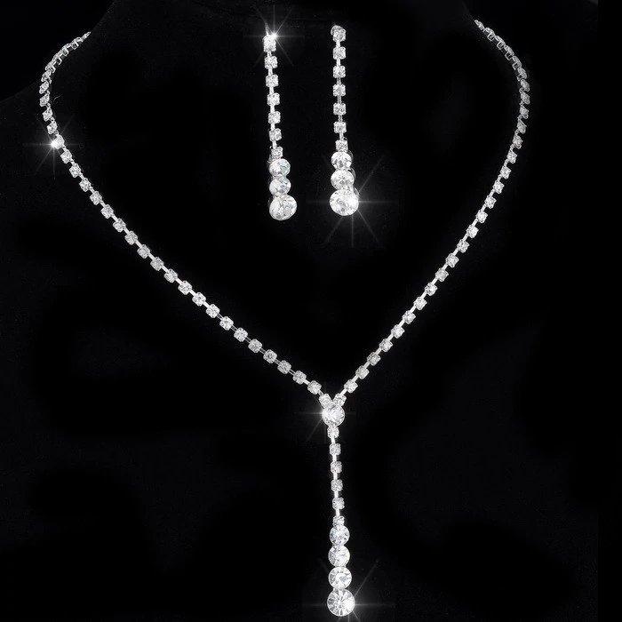 Silver Clear Rhinstones Necklace and earrings set