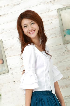 eBeauty*8209� White Special Design korean blouse with ribbon