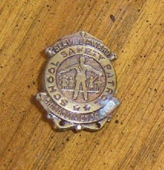 Antique Bronze or Brass Service Award Pin Chicago Motor Club School Safety Patrol Free Shipping