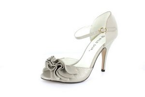 NEW Gray Patent Ruffled Peep Toe High Heel Shoes