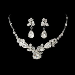 Silver Rhinestone Crystal Necklace Earring Set