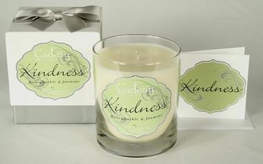 Cadeau Soy Kindness Honeysuckle Jasmine  Candle 10.5 oz