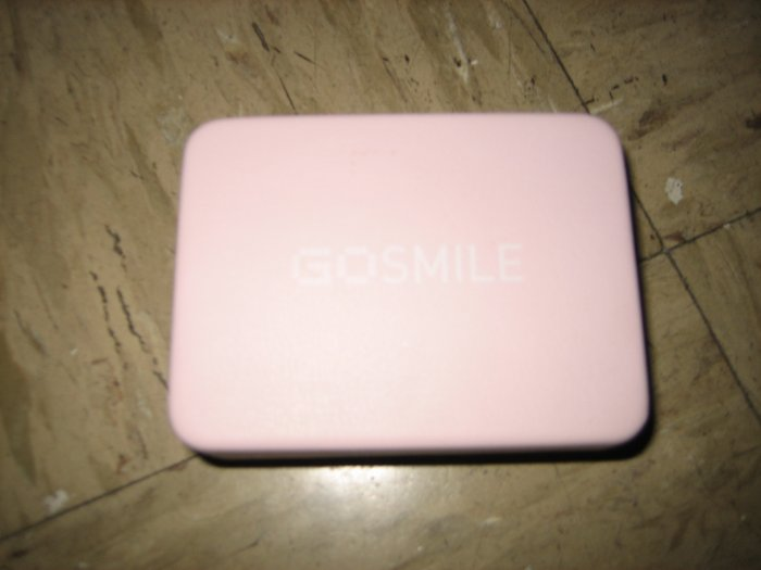 Brand New GoSmile Go Smile 7 Touch-up Daily Squeeze Vials and Portable Case with Mirror