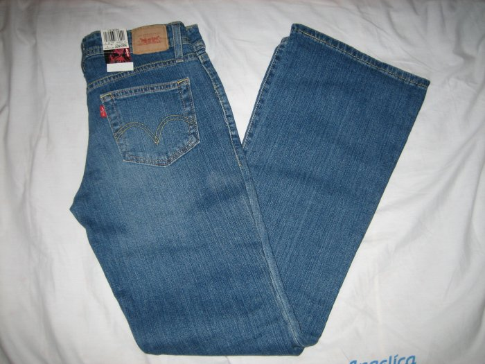 Brand New Levis 518 Juniors Size 3 Med Boot Cut Low Rise Slim