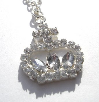 Silver Princess Crown Shaped Pendant w/chain NEW! $4