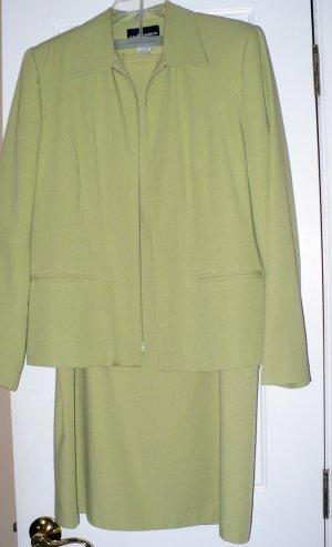 Sag Harbor Blazer & Skirt  2-Piece Outfit