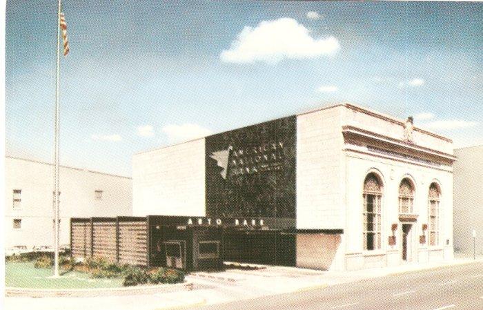 American National Bank Main Walnut Sts Muncie Indiana vintage postcard 49