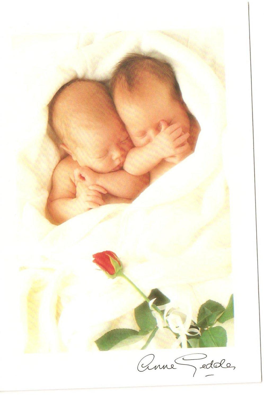 Anne Geddes Postcard 1995 605-043 Baby Sleeping Rose 4x6