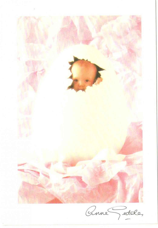 Anne Geddes Postcard 1995 605-013 Baby Cracked Egg 4x6