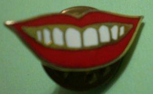 Smile Pin Mouth Teeth Lips Enamel Goldtone Metal Vintage
