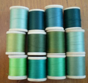 Belding Corticelli Wooden Spools Green Thread Vintage Lot 12 Shades Mercerized Cotton