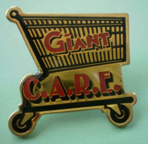 Giant Care Pin Grocery Employee Pinback Shopping Cart Customers Are Really Everything