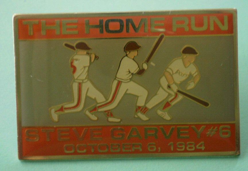 Steve Garvey Pin Home Run 6 1984 Enamel Goldtone Medal Padres San Diego