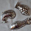 Vintage Tin Mold Mini Fish Grapes Swirl Lot 3 Miniature Pate Jello Mousse