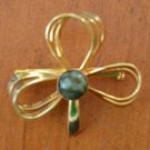 Goldtone Pin Brooch Broach Bow Ribbon Green Stone