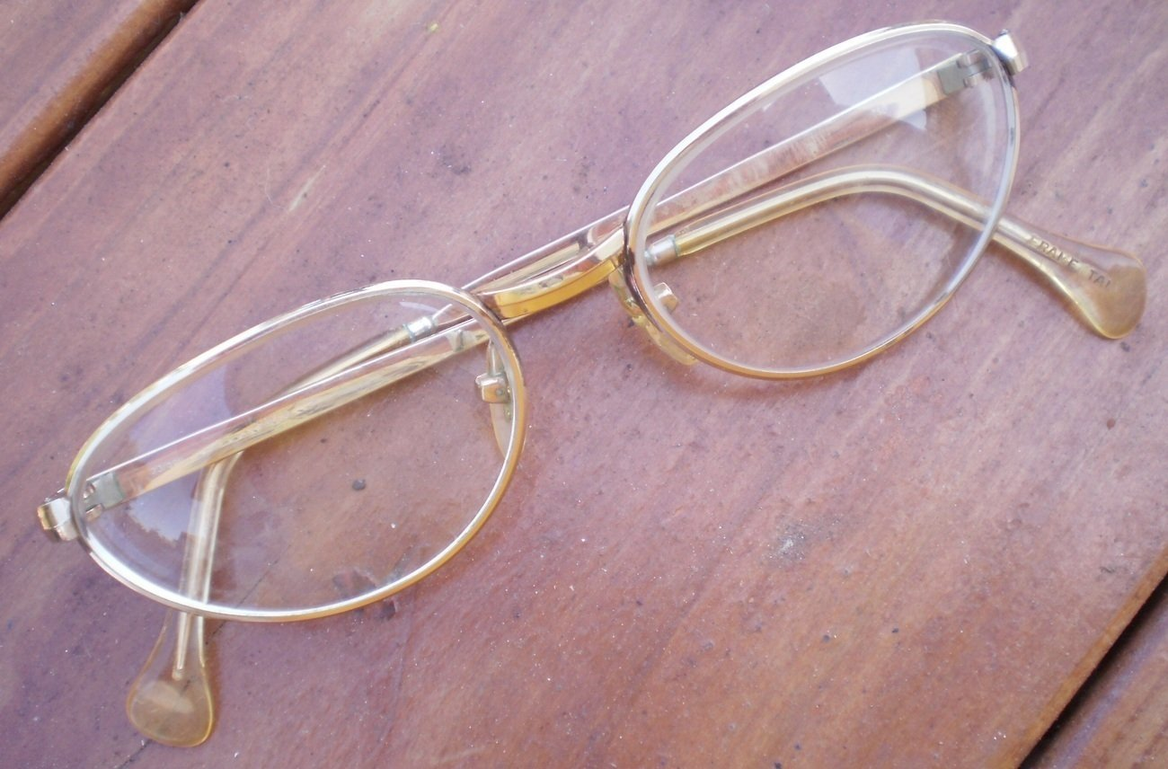 Vintage Safilo Eyeglasses Frame Gold 140 20/000 40/000 GF