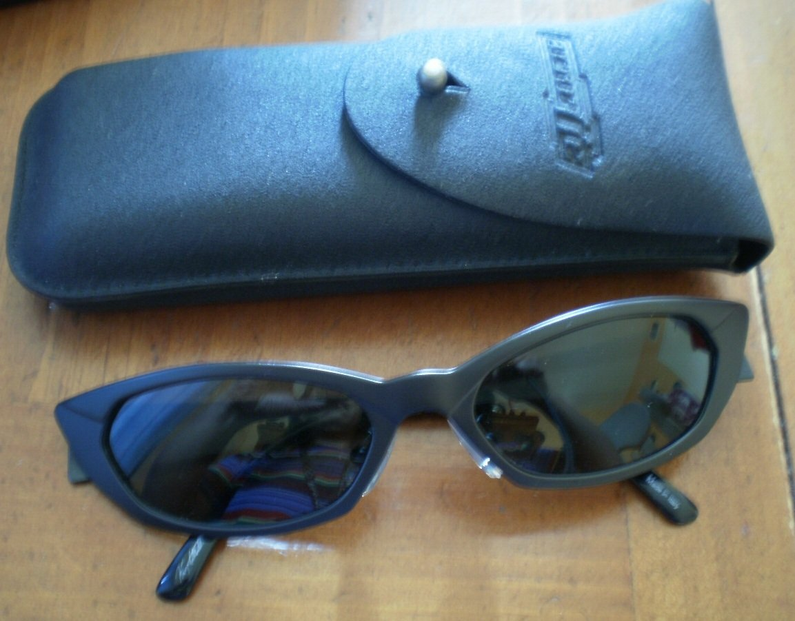 Arnette Sunglasses Shades Black Italy in Case Authentic