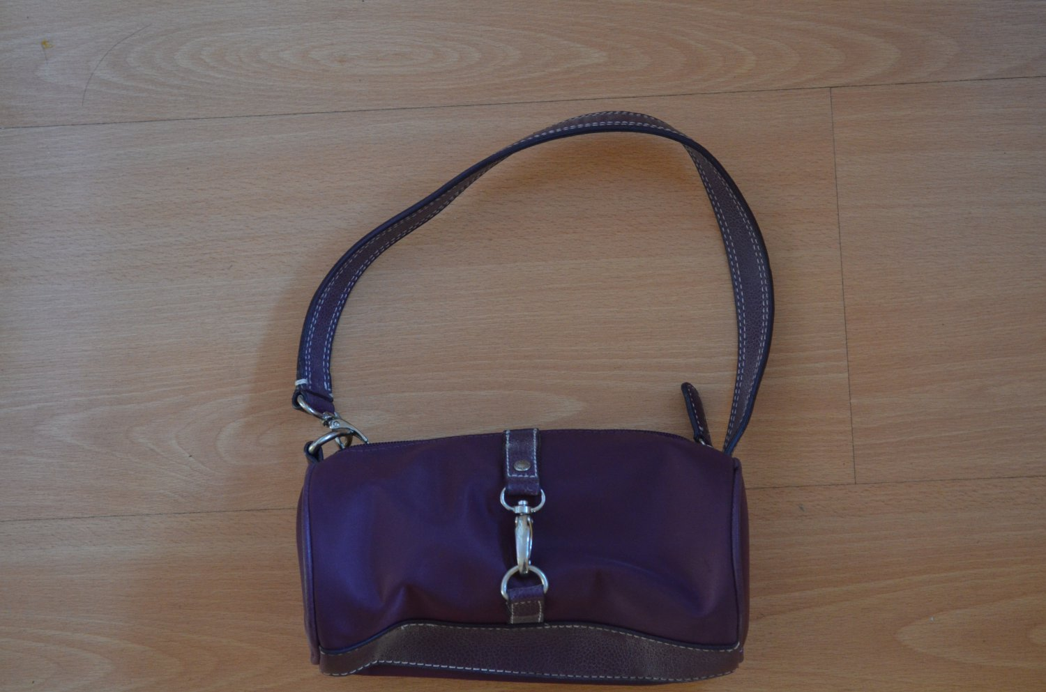 TOMMY HILFIGER Small Tote Bag Purple Burgundy Wine Cosmetic Case