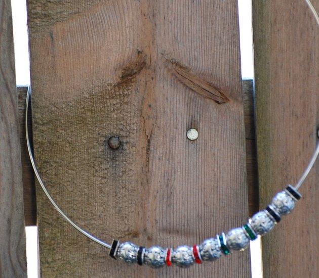 Rinestone on silver cuff neclace