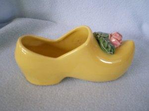 McCoy Dutch Shoe Planter