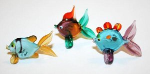 Czech Art Glass Crystal Free Form Hand Blown Made Fish Fishes Family Figurine 3x