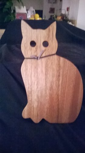Kitty Cutting Board - all natural wood