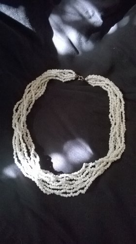 Perfect summer Multi-Strands white seeded chocker Necklace