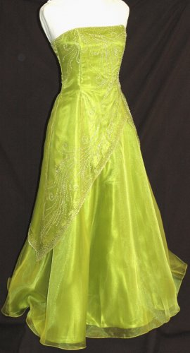 NIGHT SCENE Strapless green Beaded Prom Bridesmaid Pageant Gown - Size Medium M