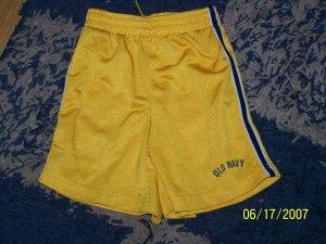 NN boys sz 4/4T Old Navy logo sport shorts