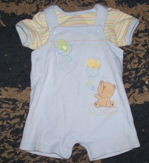 ADORABLE LN boys 3 mos Carters 2 pc summer outfit