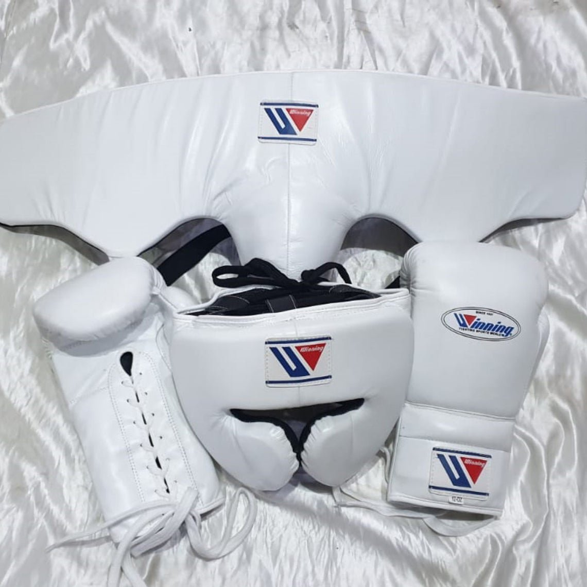 Custom Made, White, Winning Boxing Set, 3 in 1