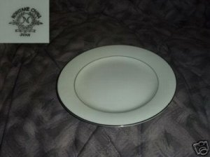 Noritake Envoy 4 Bread and Butter Plates