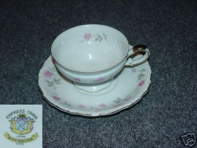 Empress Dresdina 5 Cup and Saucer Sets