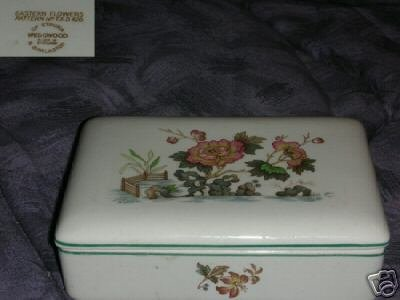 Wedgwood Eastern Flowers Dresser Box