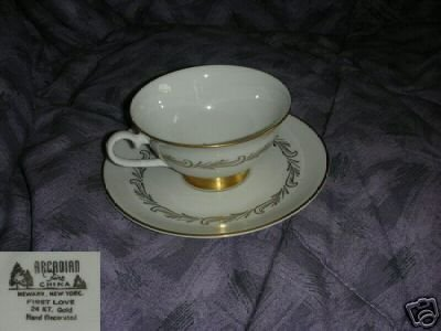 Arcadian First Love 4 Cup and Saucer Sets