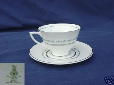 Royal Doulton Tiara 4 Cup and Saucer Sets - MINT