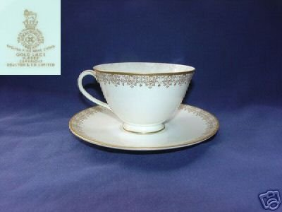 Royal Doulton Gold Lace 4 Cup and Saucer Sets  MINT