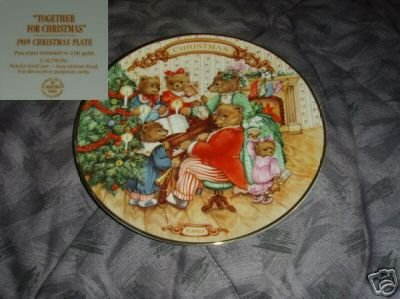 Avon Together For Christmas 1989 Collector Plate