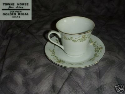 Towne House Golden Regal 4 Cup and Saucer Sets