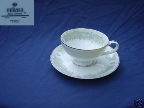 Mikasa Waverly 4 Cup and Saucer Sets